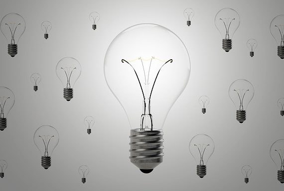 lightbulbs-1875257_640